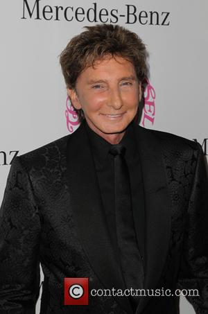 Barry Manilow Reportedly Wed Long-Term Manager & Partner, Garry Kief, In 2014