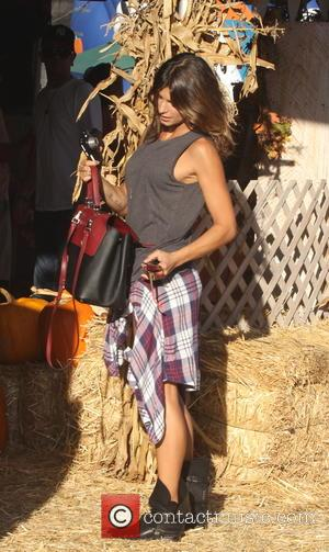 Elisabetta Canalis - Elisabetta Canalis at Mr. Bones Pumpkin Patch - Los Angeles, California, United States - Monday 13th October...