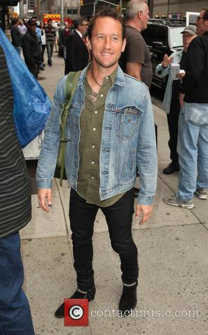 Chris Shiflett - Celebrities outside the Ed Sullivan Theater for 'Late Show with David Letterman' at Ed Sullivan Theater -...