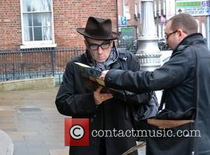 Elvis Costello - Elvis Costello Spotted - Dublin, Ireland - Thursday 16th October 2014