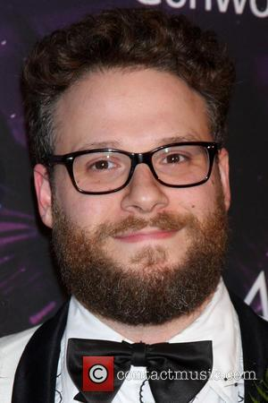 Seth Rogen Raises $900,000 For Alzheimer's Disease Through Charity