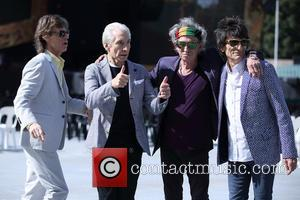 The Rolling Stones Salute Cuban Fans Ahead Of Historic Gig