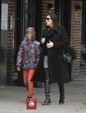 Liv Tyler and Milo William Langdon - A pregnant Liv Tyler walking her son, Milo to school in Manhattan at...