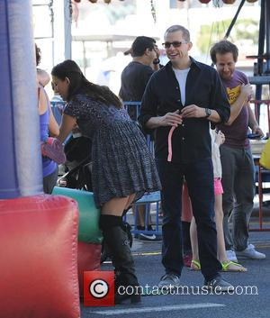 Jon Cryer and Erin Kristine Ludwig - Celebrities with their families at the Farmers Market - Los Angeles, California, United...