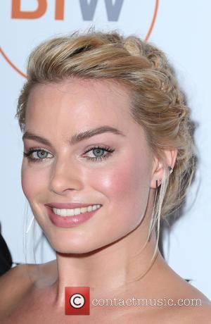 Margot Robbie - 3rd Annual Australians In Film Awards Benefit Gala - Arrivals at Fairmont Miramar Hotel - Santa Monica,...