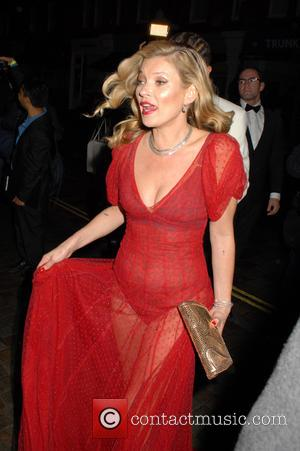Kate Moss Shows The World She Still Knows How To Party