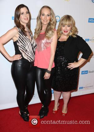 Atmosphere, Wendy Wilson, Chynna Phillips and Carnie Wilson
