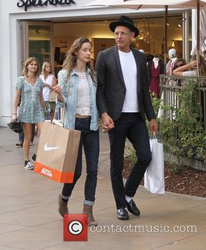 Jeff Goldblum Weds