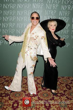Tony Danza and Bette Midler - New York Restoration Projects' 19th Annual Halloween Gala: 'Fellini Hulaweeni' - Arrivals - New...