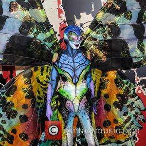 Heidi Klum Gives A Sneak Peek Of Halloween Costume. Can You Guess What It Is Yet?