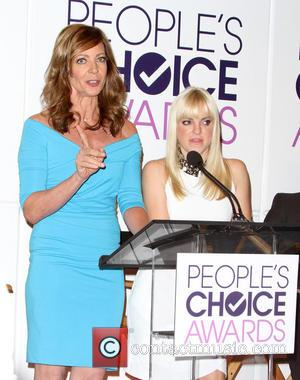 Allison Janney and Anna Faris - Nominees for the 2015 People's Choice Awards were photographed at a Press Conference which...