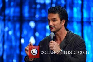 Ricardo Arjona - Singer songwriter Ricardo Arjona attended a press conference to talk about his upcoming tour at the American...