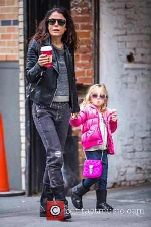 Bethenny Frankel and Bryn Hoppy - Bethenny Frankel and her daughter Bryn go out to Starbucks in Tribeca at Tribeca...