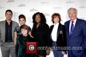 Max Charles, Bailee Madison, Josh Hopkins, Tiffani Thiessen, Candice Glover, Jill St. John and Robert Wagner