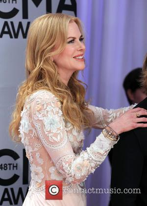 Nicole Kidman Reads To Kids In Tennessee