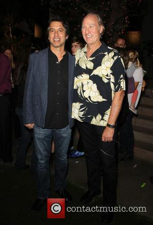Ray Romano and Craig T. Nelson - NBC's 'Parenthood' 100th episode celebration and cake-cutting ceremony at NBC Universal Lot -...
