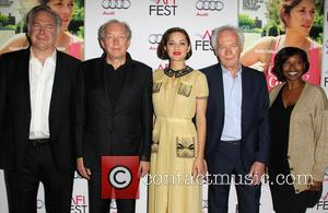 Jonathan Sehring, Jean-Pierre Dardenne, Marion Cotillard, Luc Dardenne and Jacqueline Lyanga
