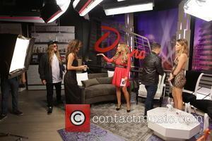 Nicole Scherzinger, Diana Madison, Michael Costello, Stephanie Bauer and The Dingo