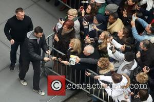 Hugh Jackman - Hugh Jackman signs autographs with a bandaged thumb after a preview of his new Broadway show 'The...