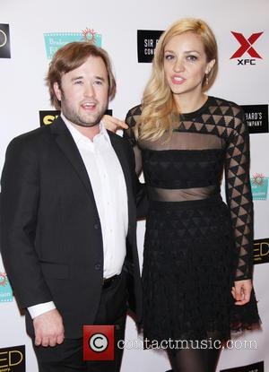 Haley Joel Osment and Abby Elliott - Snaps of a variety of stars as they arrived at the New York...