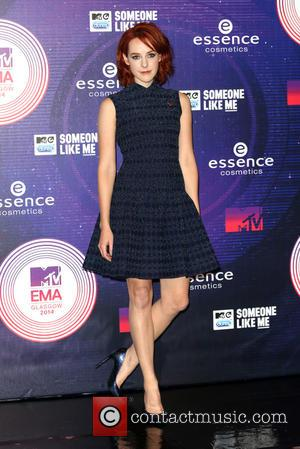Jena Malone - A variety if A-Listers from the music industry were photographed as they arrived at the MTV European...