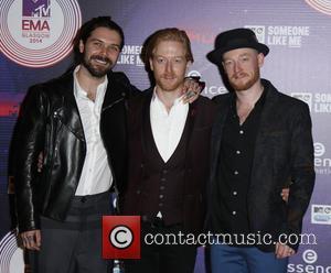 Simon Neil, Ben Johnston and Biffy Clyro