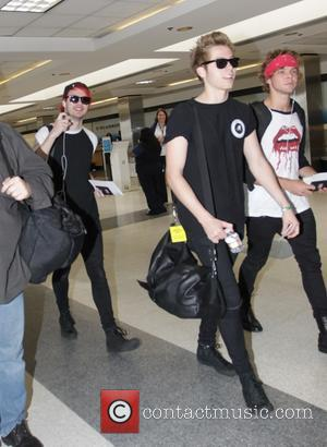 Five Seconds of Summer, Luke Hemmings, Michael Clifford, Calum Hood and Ashton Irwin - 5 Seconds of Summer at Los...