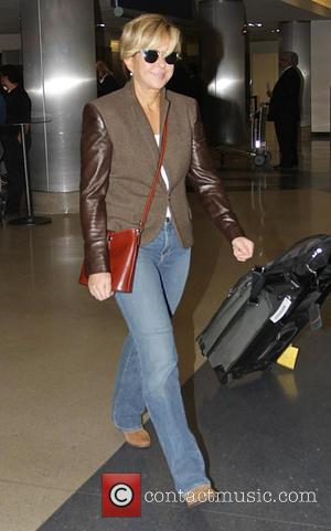 Yeardley Smith - Yeardley Smith arrives at Los Angeles International Airport (LAX) - Hollywood, California, United States - Monday 10th...