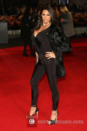 Katie Price - The Hunger Games: Mockingjay Part 1 World Premiere - Arrivals - London, United Kingdom - Monday 10th...