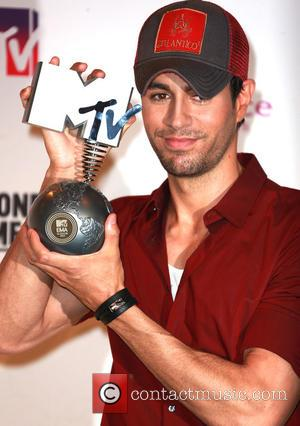 Enrique Iglesias - MTV EMA Awards