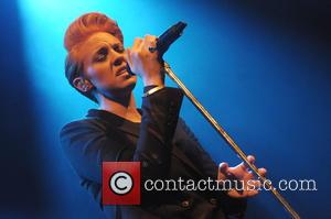 Elly Jackson and La Roux