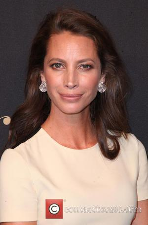 Christy Turlington Launches New Apple Watch Fitness Initiative