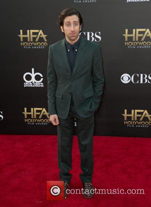 Simon Helberg - 18th Annual Hollywood Film Awards at the Hollywood Palladium - Arrivals at The Palladium, Hollywood Film Awards...