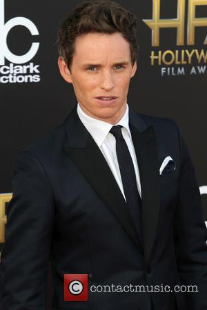 Eddie Redmayne Juggling Hollywood Commitments With Wedding Planning