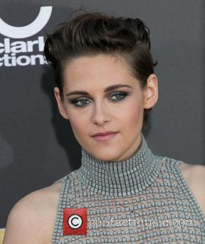 Kristen Stewart - 18th Annual Hollywood Film Awards at The Palladium - Arrivals at The Palladium, Hollywood Film Awards -...