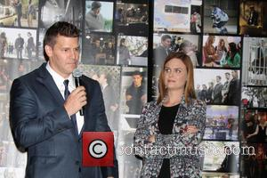 David Boreanaz and Emily Deschanel - The cast and crew of FOX's hit show 'Bones' celebrate production of their 200th...