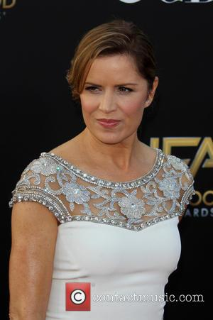 'Gone Girl' Actress Kim Dickens Cast In 'The Walking Dead' Companion Series
