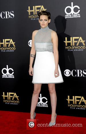 Kristen Stewart - The Hollywood Film Awards 2014 at Hollywood Film Awards - Los Angeles, California, United States - Saturday...