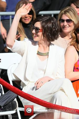 Anne Hathaway - Matthew McConaughey honored with a star on The Hollywood Walk of Fame at Hollywood - Los Angeles,...