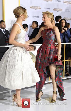 Jennifer Lawrence and Elizabeth Banks
