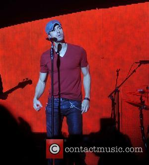 Enrique Iglesias - Enrique Iglesias performing live on stage at the 3 Arena on his 'Sex and Love Tour' -...