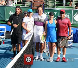 Gavin Rossdale, Martina Navratilova, Cliff Drysdale, Chris Evert and Jon Lovitz