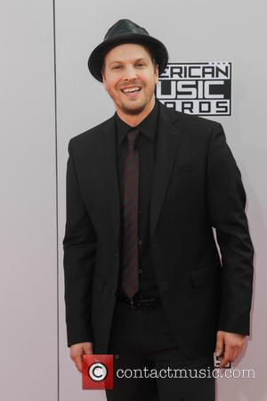 Gavin Degraw - Photographs of a wide variety of stars from the music industry as they attended the American Music...