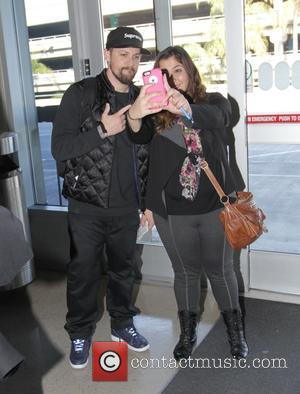Benji Madden - Benji Madden poses with a fan - Los Angeles, California, United States - Monday 24th November 2014