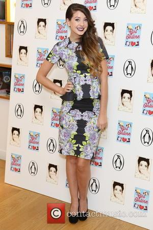 'Zoella' Reaches 8 Million YouTube Subscribers