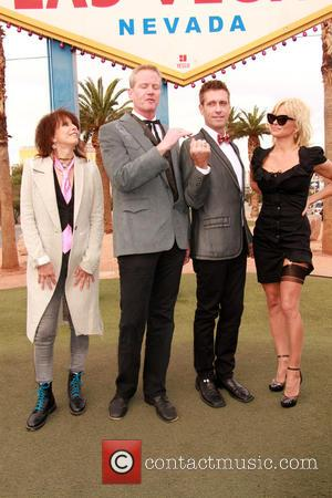 Chrissie Hynde, Dan Matthews, Jack Ryan and Pamela Anderson - Pamela Anderson and Chrissie Hynde give away Peta Leader at...