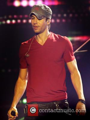 Enrique Iglesias And Pitbull Set To Team Up Again At Premios Juventud