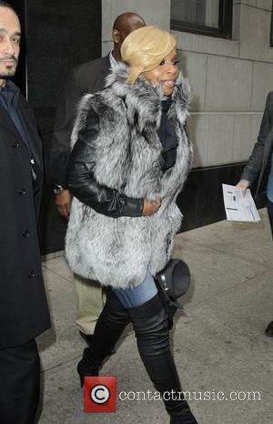 Mary J Blige - Mary J. Blige at the 'The Wendy Williams Show' - Manhattan, New York, United States -...
