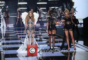 Kate Grigorieva and Taylor Swift