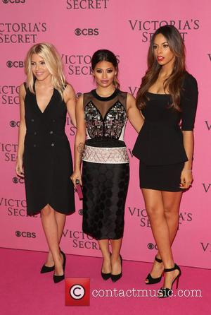 Mollie King, Vanessa White, Rochelle Wiseman, Rochelle Humes and The Saturdays